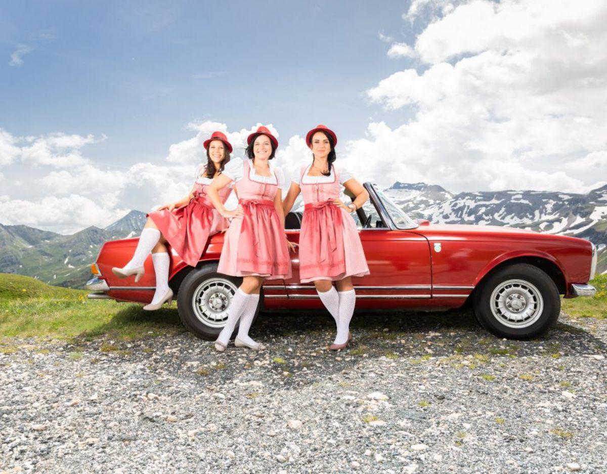 DIE HOLLERSTAUDEN  – 16.7.2020 – Autokino & Autokonzert Salzburg Airport